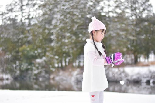 雪遊び画像