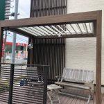 日差しや風の流れを調節できるテラス屋根